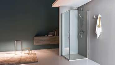 Что лучше: ванна или стеклянная душевая кабина